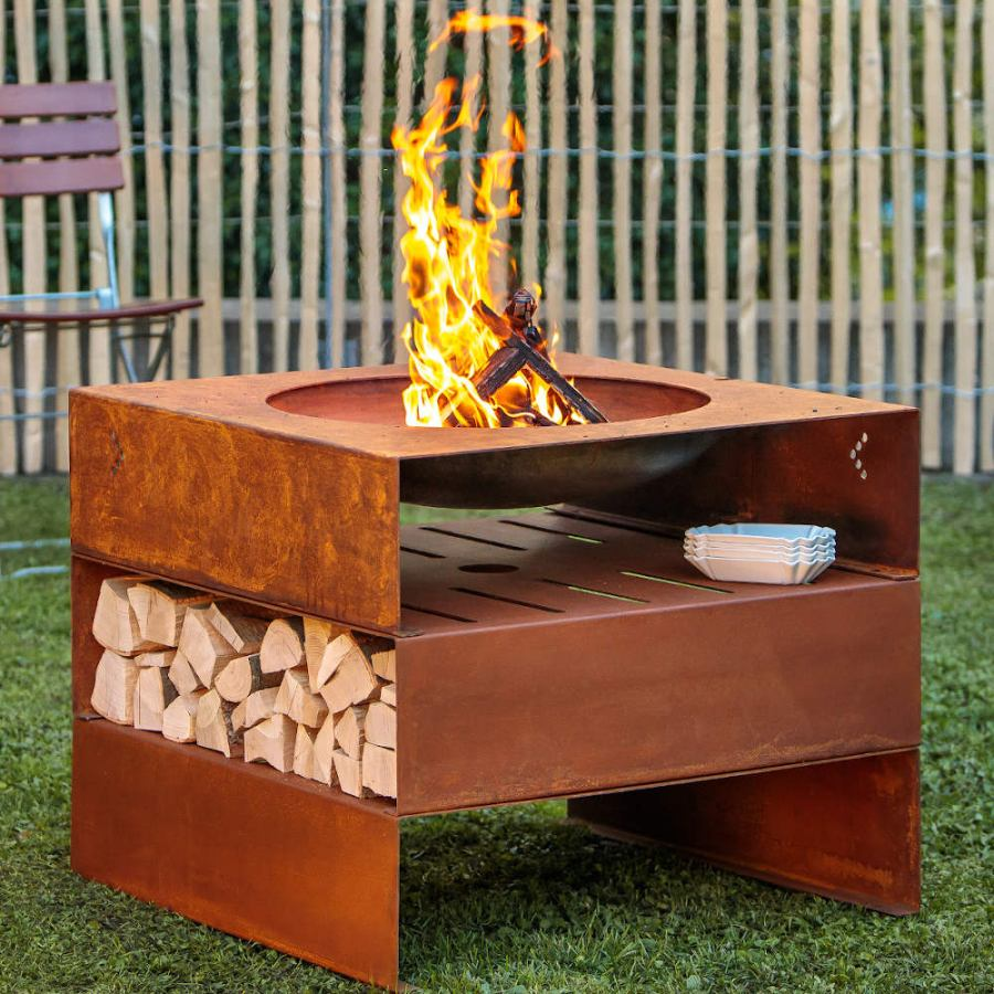 Modular Fireplace made of Steel with Optional Grill