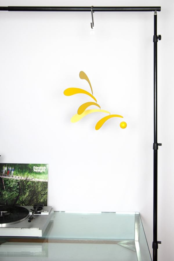 Mobile Flowing Rhythm (Yellow) by Flensted Mobiles | Kunstbaron