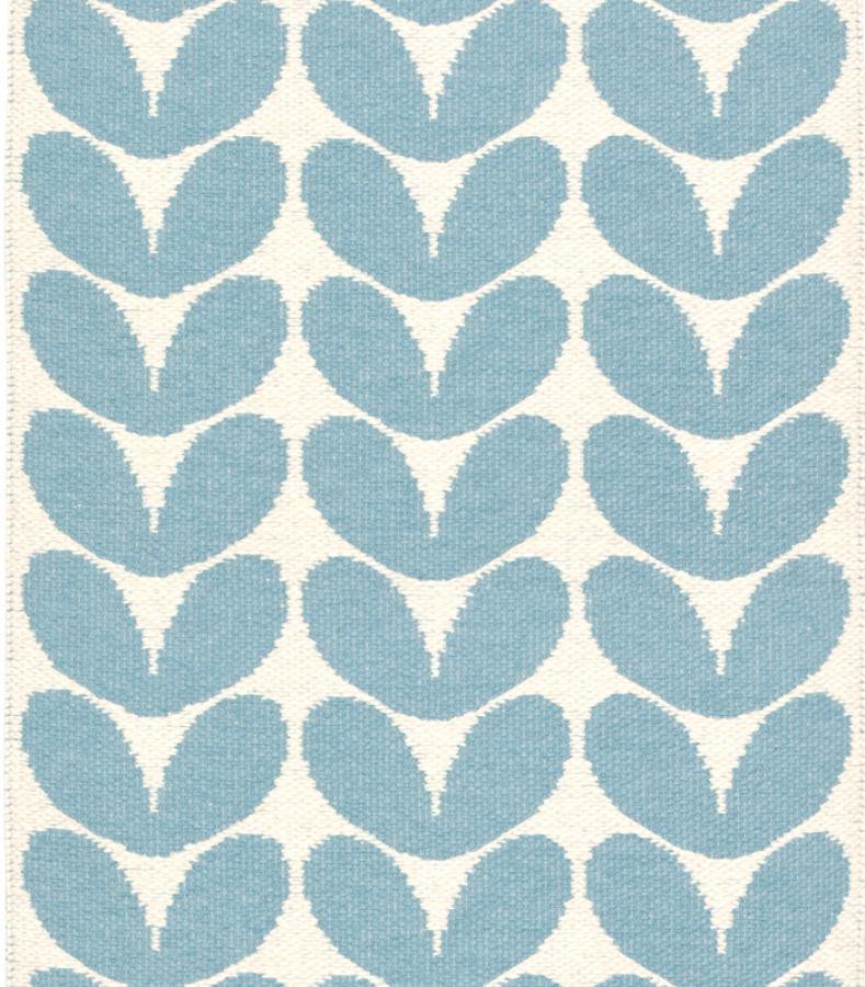 l ufer bzw teppich gerda blau aus gewebter plastikfolie kunstbaron. Black Bedroom Furniture Sets. Home Design Ideas