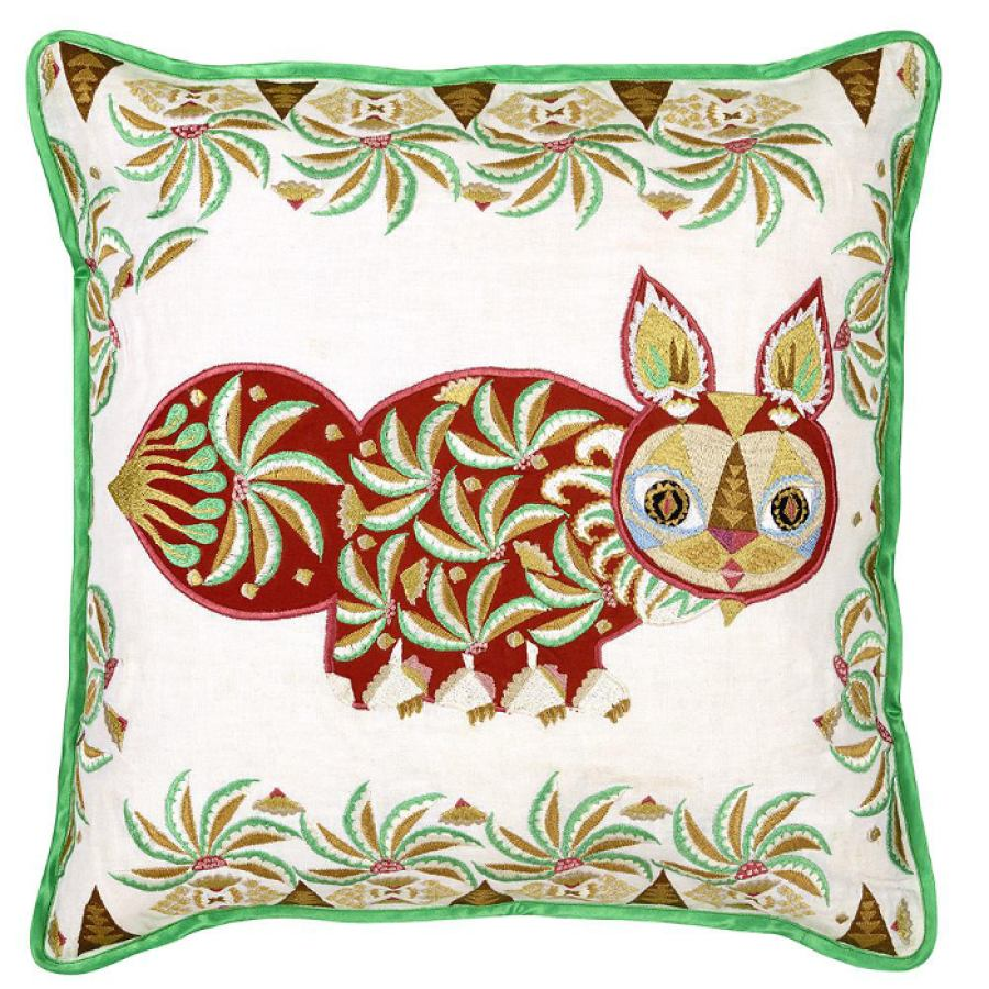 Hand embroidered cushion sleeve 'Putte' (Red) 50x50