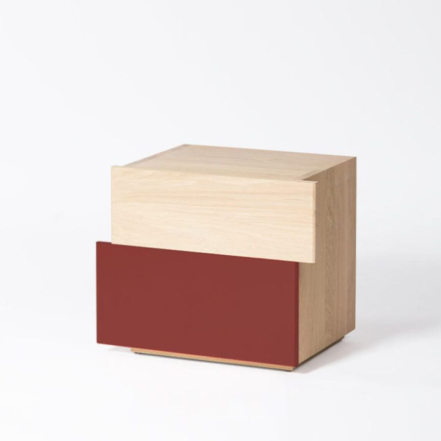 Side table, oxide red version