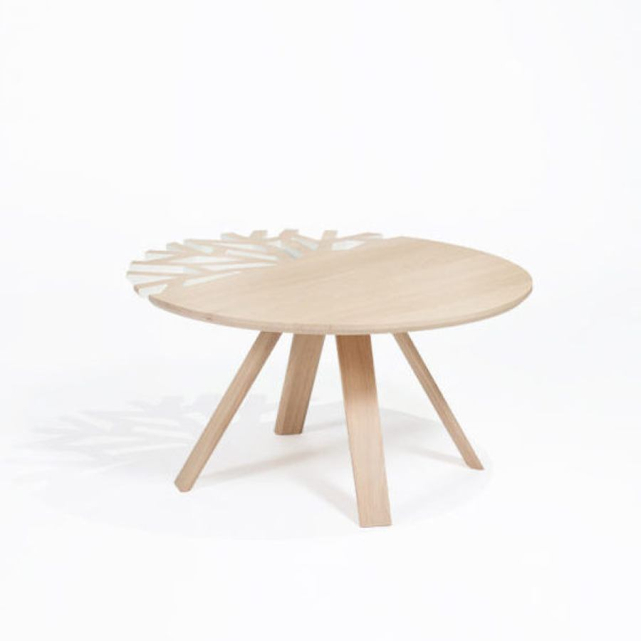 Oakwood Coffe Table with elaborately perforated Top (Ø 80 cm)