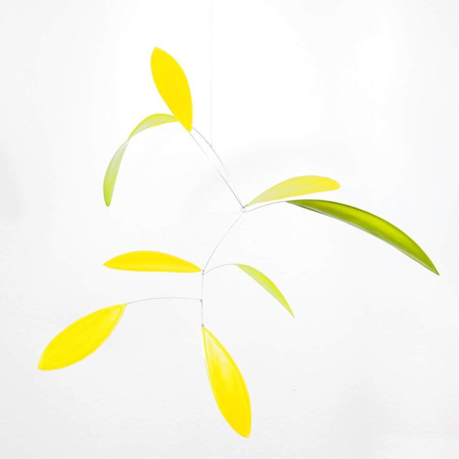"Delicate handmade shaped mobile ""little green leaf"" (50 x 50 cm)"