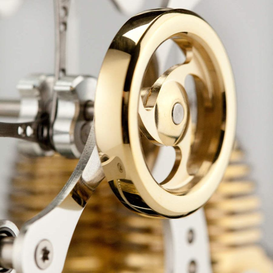 Double Filigree Stirling Model Engine with Four Arms