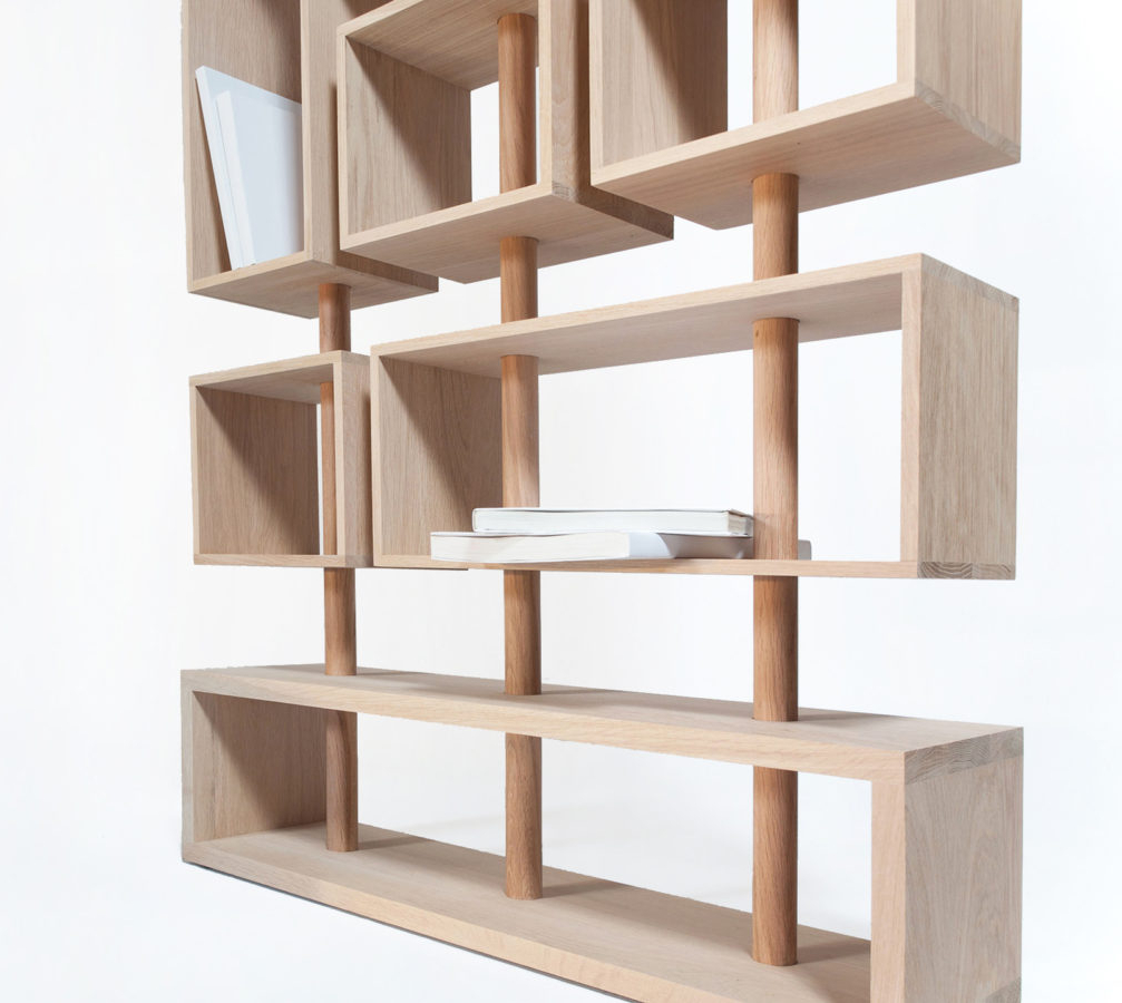 flexibles design b cherregal aus massivholz eiche kunstbaron. Black Bedroom Furniture Sets. Home Design Ideas