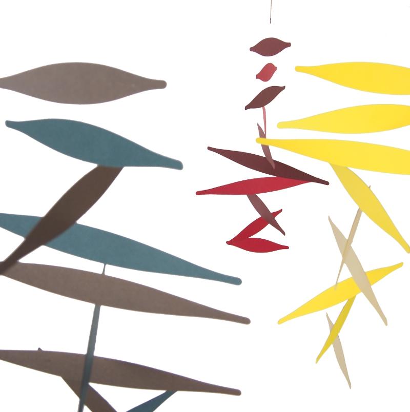 dreifarbiges handgefertigtes mobile honeycomb kunstbaron. Black Bedroom Furniture Sets. Home Design Ideas