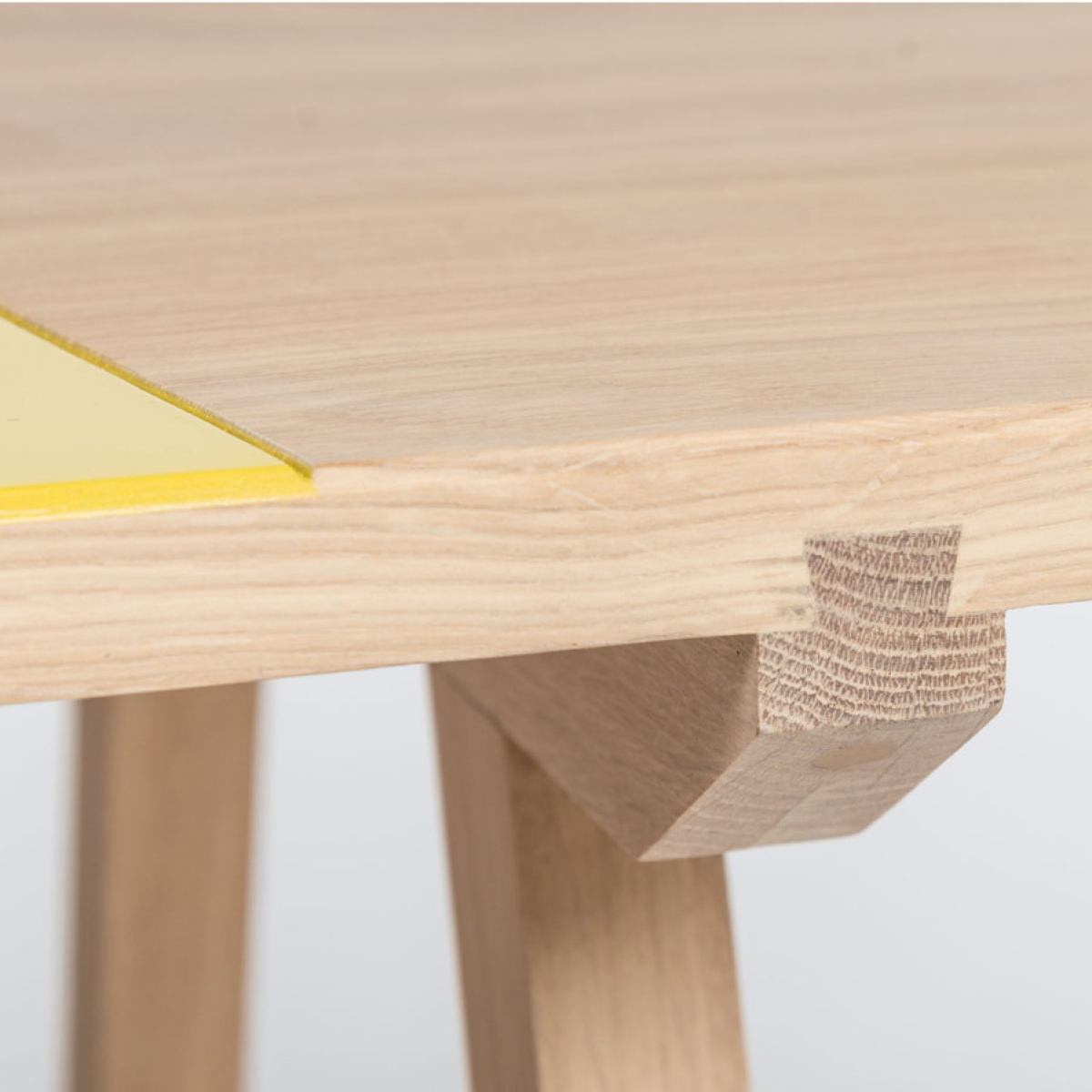 Tabletop with dovetail joint