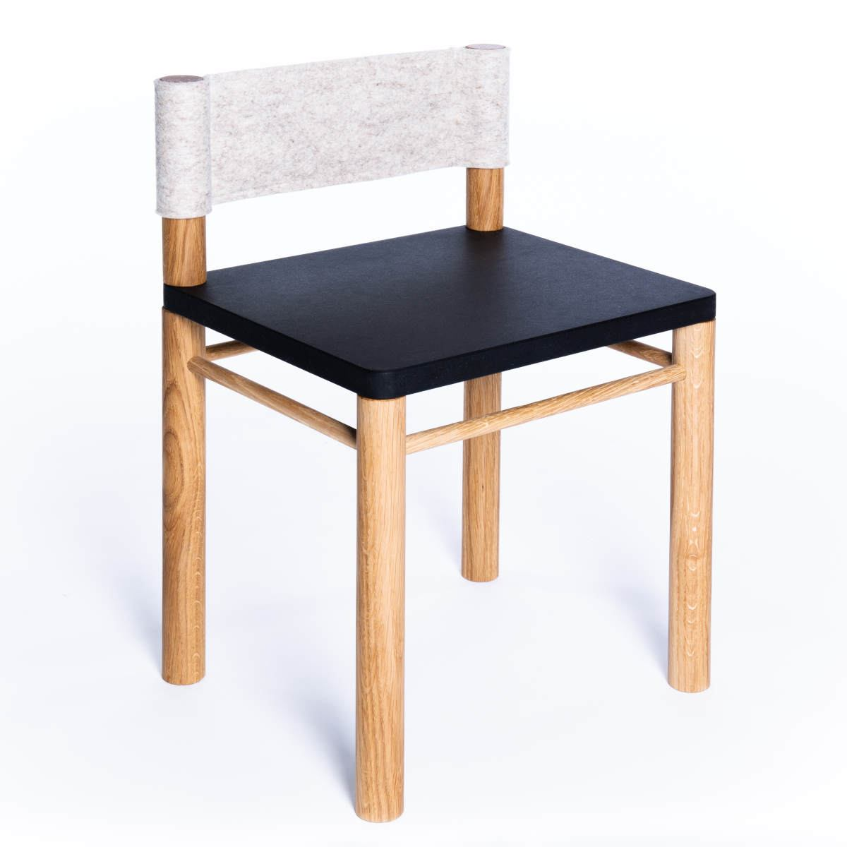 Black version: Solid wood children's chair with wool felt backrest