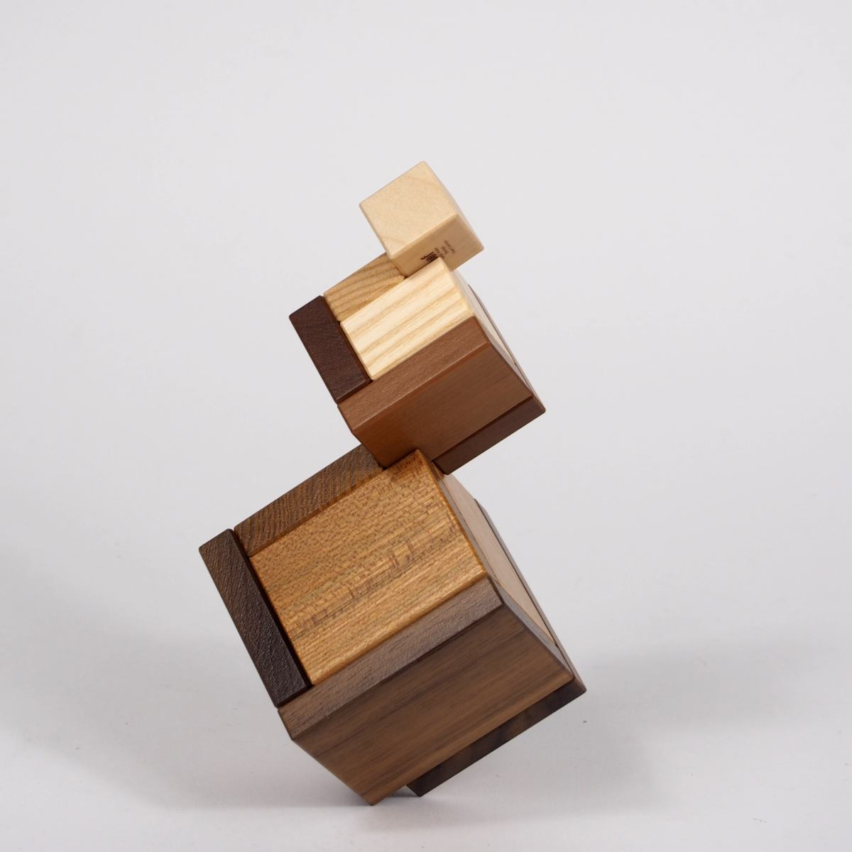 Construction Toy Cella made of precious woods | Kunstbaron